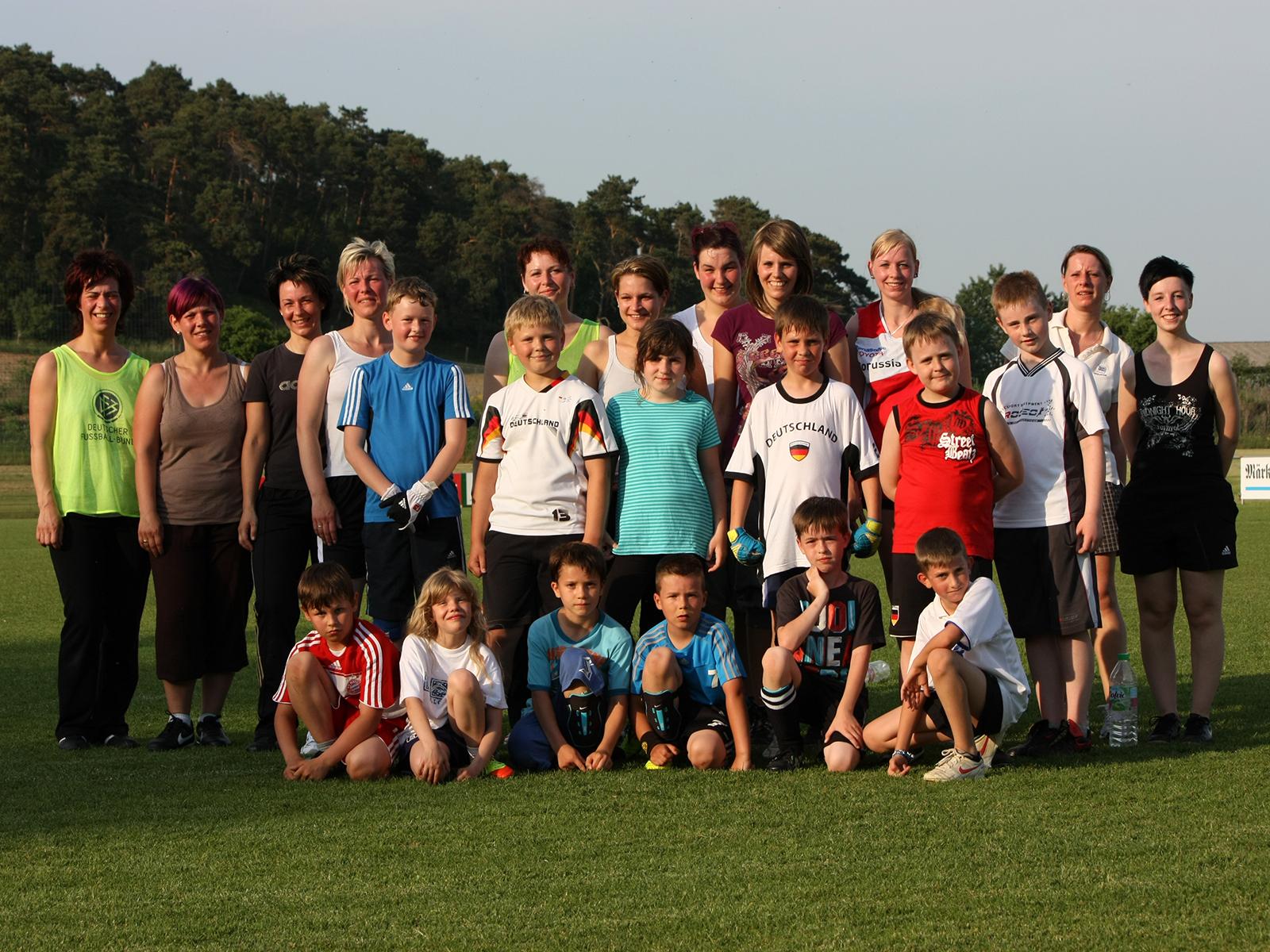E-Junioren 2012 (mit Eltern)